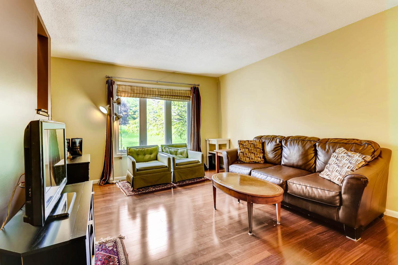 205 University Ave NE-large-006-13-Living Room-1500x1000-72dpi.jpg