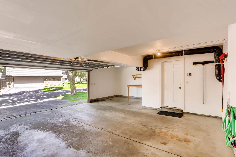 5701 Hyland Courts Minneapolis-large-026-27-Garage-1500x1000-72dpi.jpg