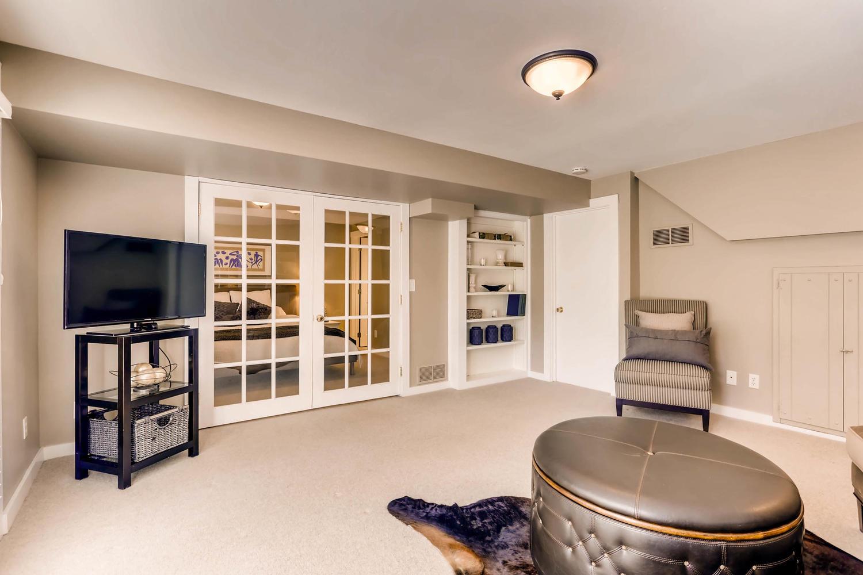 5701 Hyland Courts Minneapolis-large-020-17-Lower Level Family Room-1500x1000-72dpi.jpg
