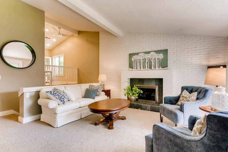 5701 Hyland Courts Minneapolis-large-006-11-2nd Floor Living Room-1500x1000-72dpi.jpg