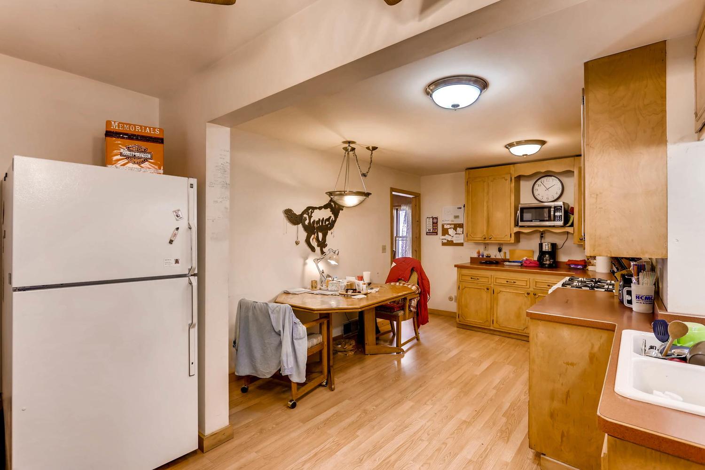 36 18th Ave NE Minneapolis MN-large-009-13-Kitchen-1500x1000-72dpi.jpg