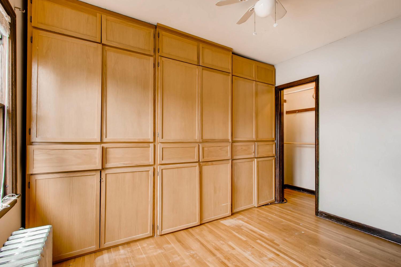1010 2nd St NE Minneapolis MN-large-017-40-2nd Floor Bedroom-1500x1000-72dpi.jpg