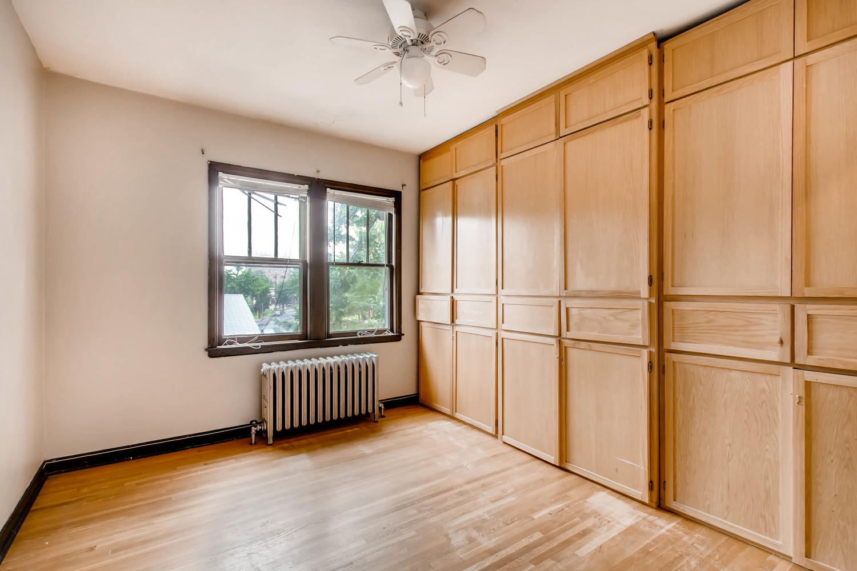 1010 2nd St NE Minneapolis MN-large-016-44-2nd Floor Bedroom-1500x1000-72dpi.jpg