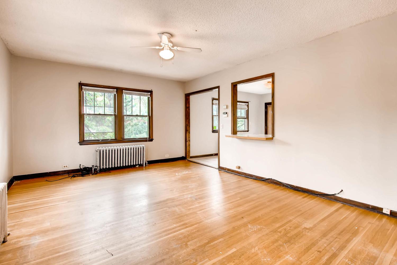 1010 2nd St NE Minneapolis MN-large-013-36-2nd Floor Living Room-1500x1000-72dpi.jpg