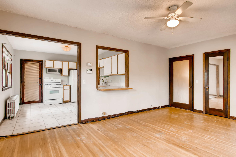 1010 2nd St NE Minneapolis MN-large-011-53-2nd Floor Living Room-1500x1000-72dpi.jpg