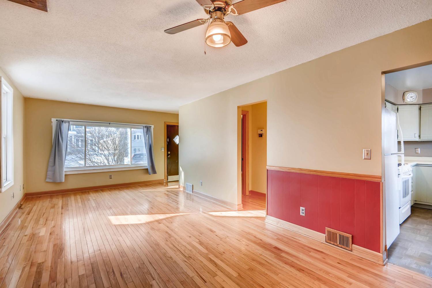 743 Pierce St NE Minneapolis-large-007-6-Living Room-1500x1000-72dpi.jpg