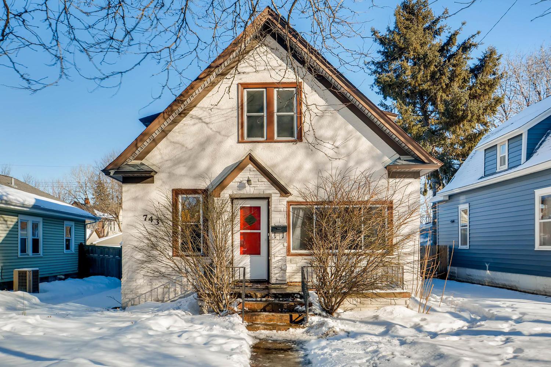 743 Pierce St NE Minneapolis-large-001-1-Exterior Front-1500x1000-72dpi.jpg