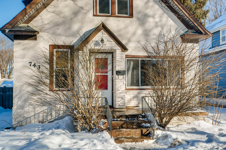 743 Pierce St NE Minneapolis-large-004-8-Exterior Front Entry-1500x1000-72dpi.jpg