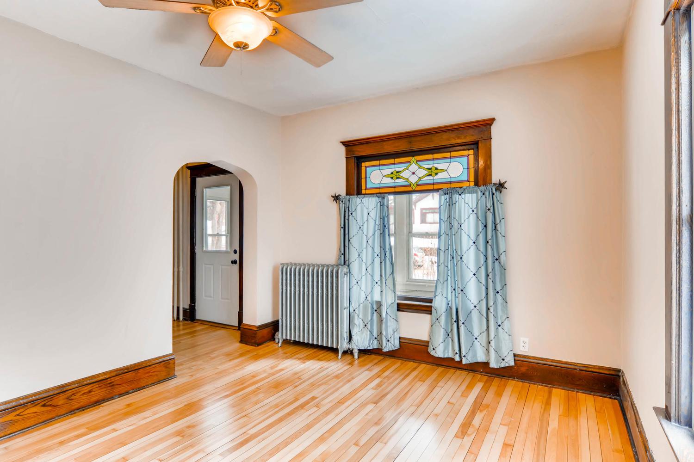 2526 Buchanan St NE-large-005-3-Living Room-1500x1000-72dpi.jpg