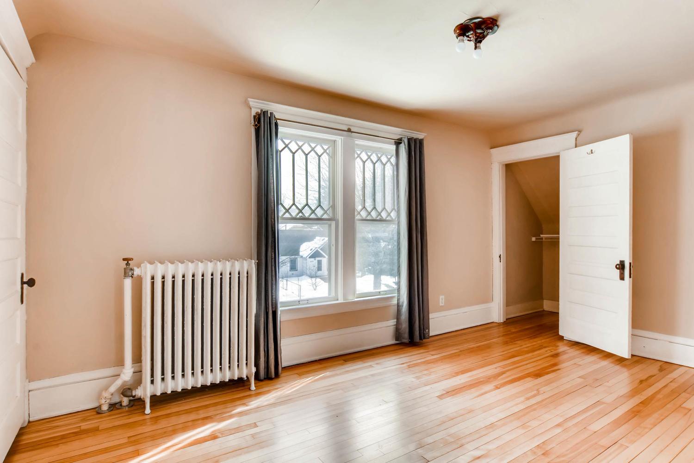 2526 Buchanan St NE-large-017-14-2nd Floor Bedroom-1500x1000-72dpi.jpg
