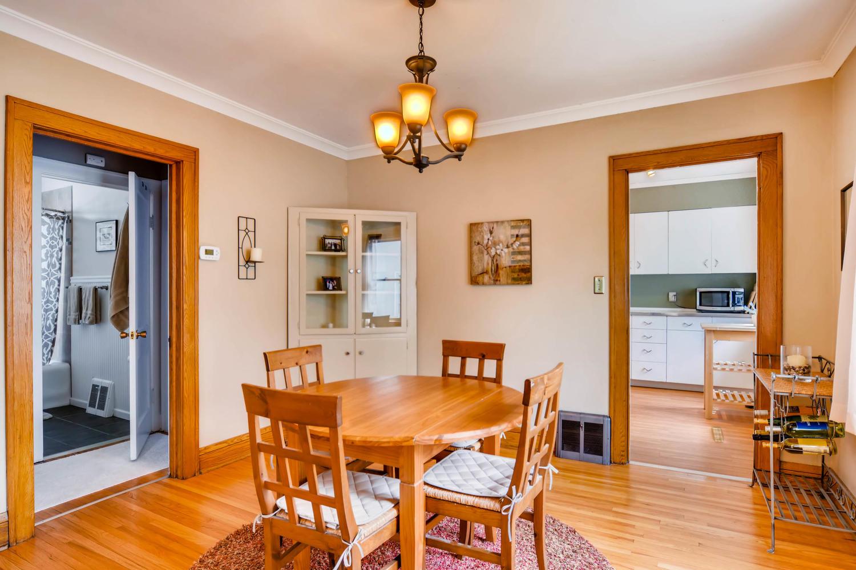 3147 Arthur St NE Minneapolis-large-007-17-Dining Room-1500x1000-72dpi.jpg