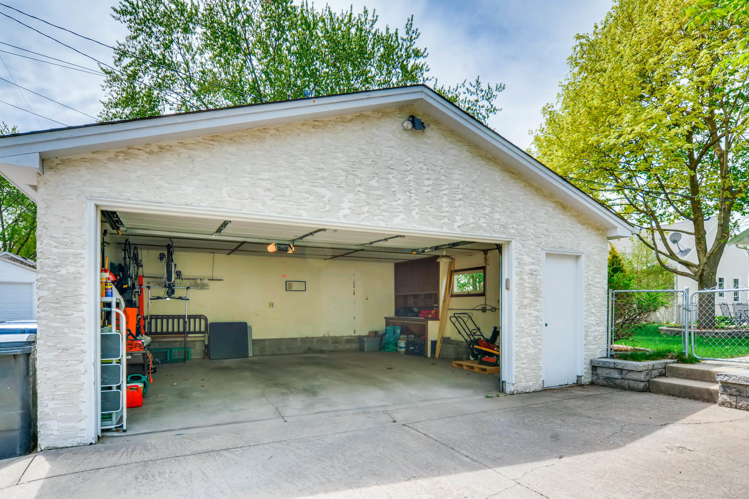 3147 Arthur St NE Minneapolis-large-026-28-Garage-1500x1000-72dpi.jpg