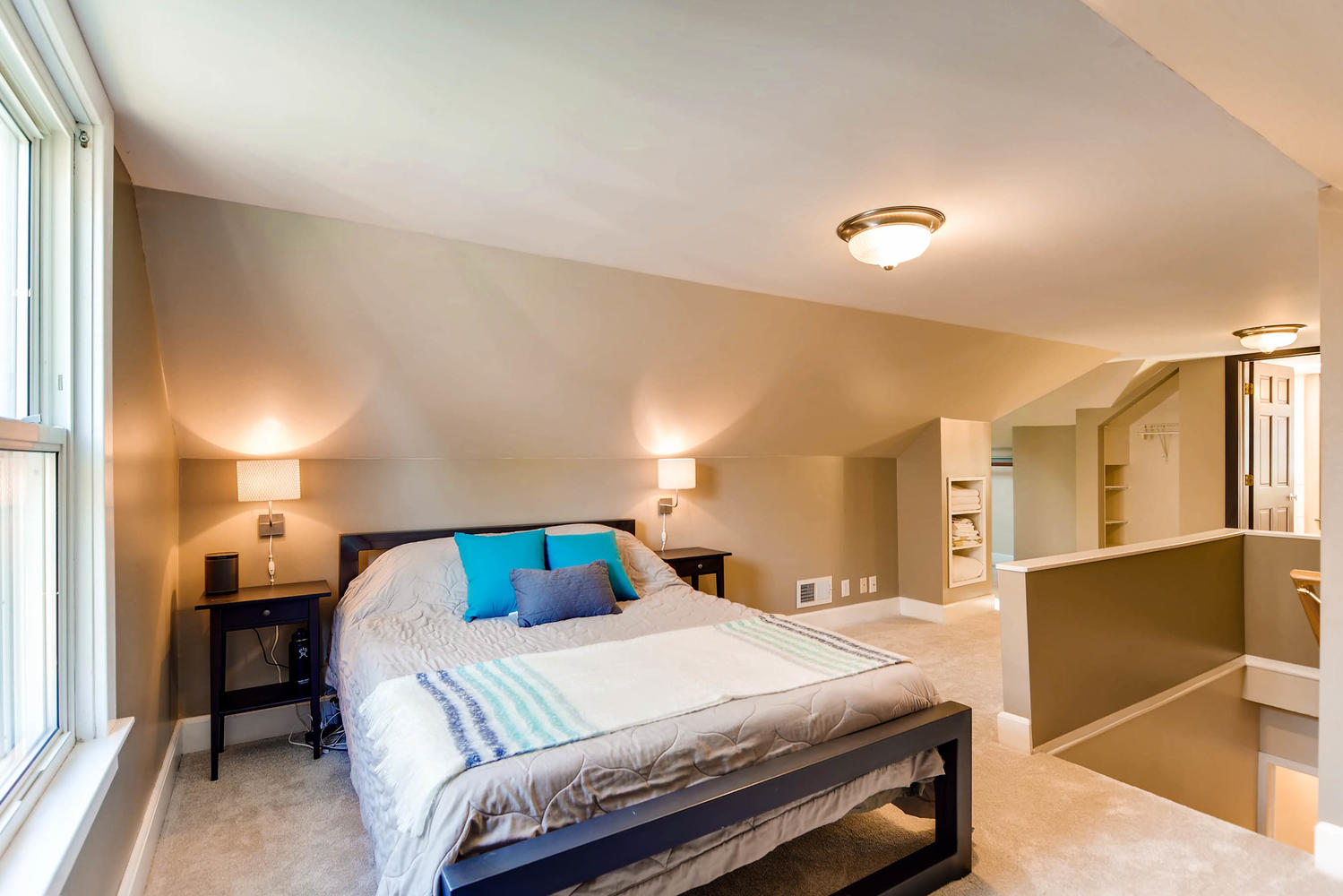 3139 Cleveland St NE-large-015-25-2nd Floor Master Bedroom-1500x1000-72dpi.jpg