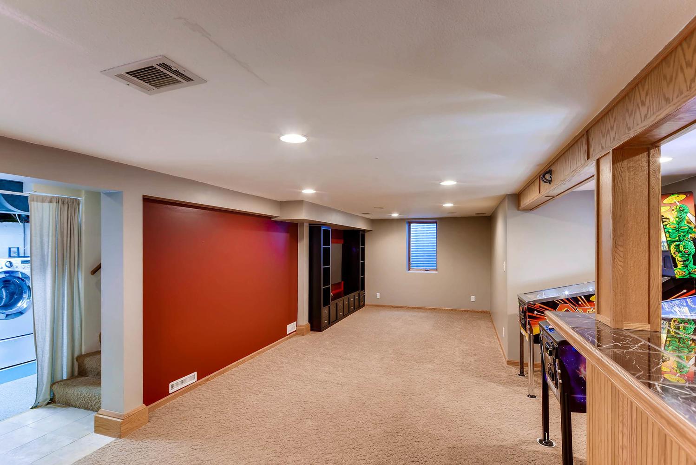 3139 Cleveland St NE-large-022-7-Lower Level Family Room-1499x1000-72dpi.jpg