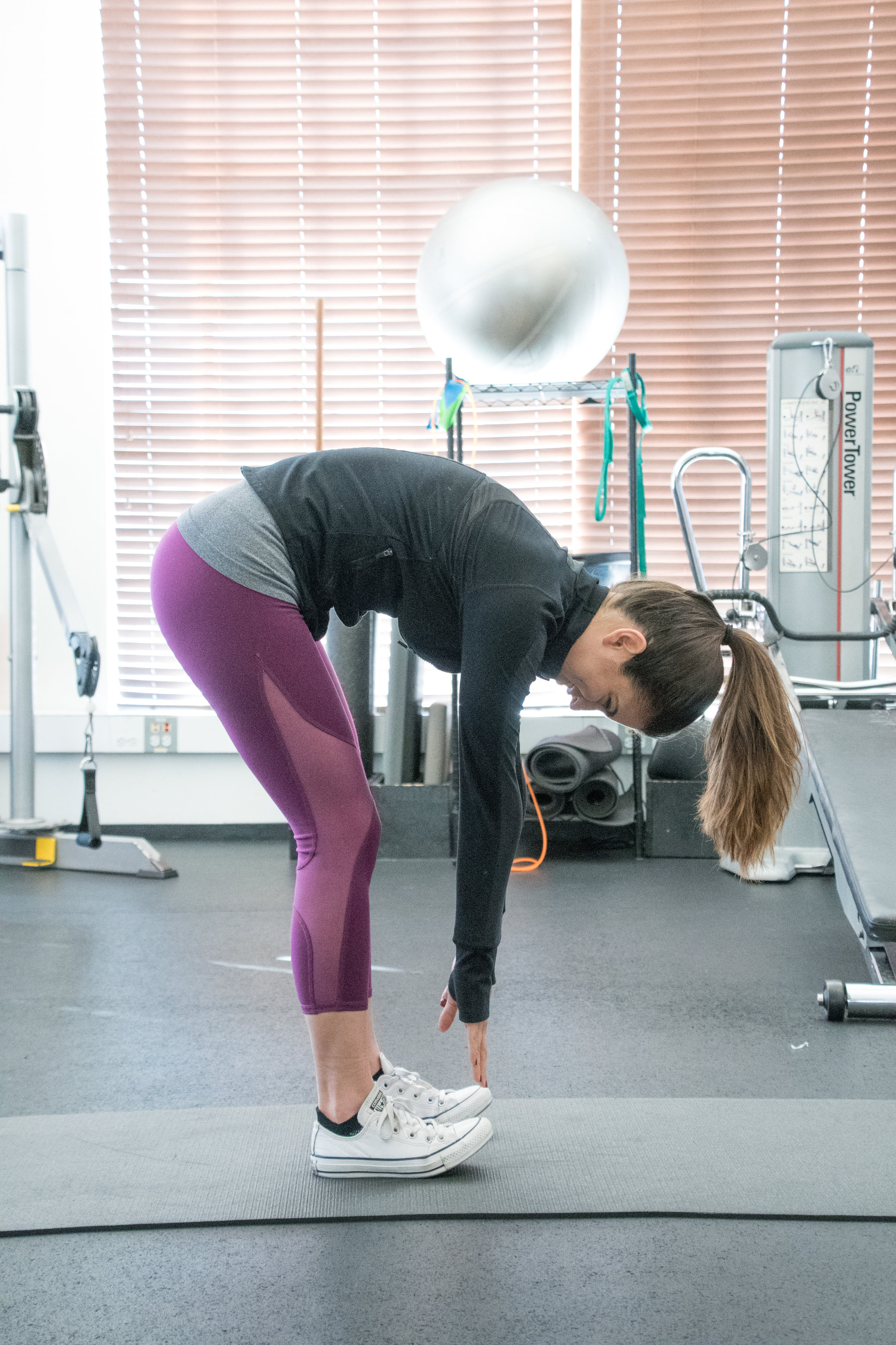 tight hamstrings. personal trainer sf