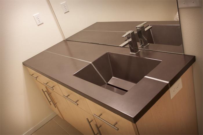 greyrock_concrete_bathroom_vanity_countertops_sink_brown_custom.jpg
