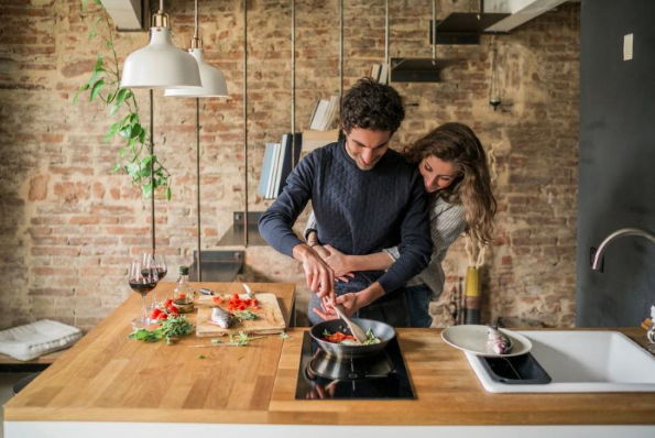 5 Doubts You Might Have After Moving In Together — And How to Deal With Them