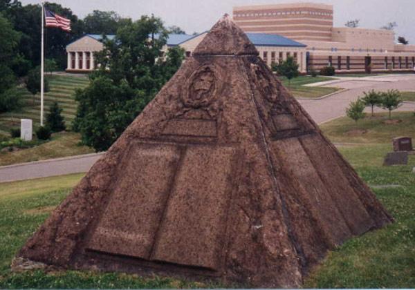 pyramid5.jpg