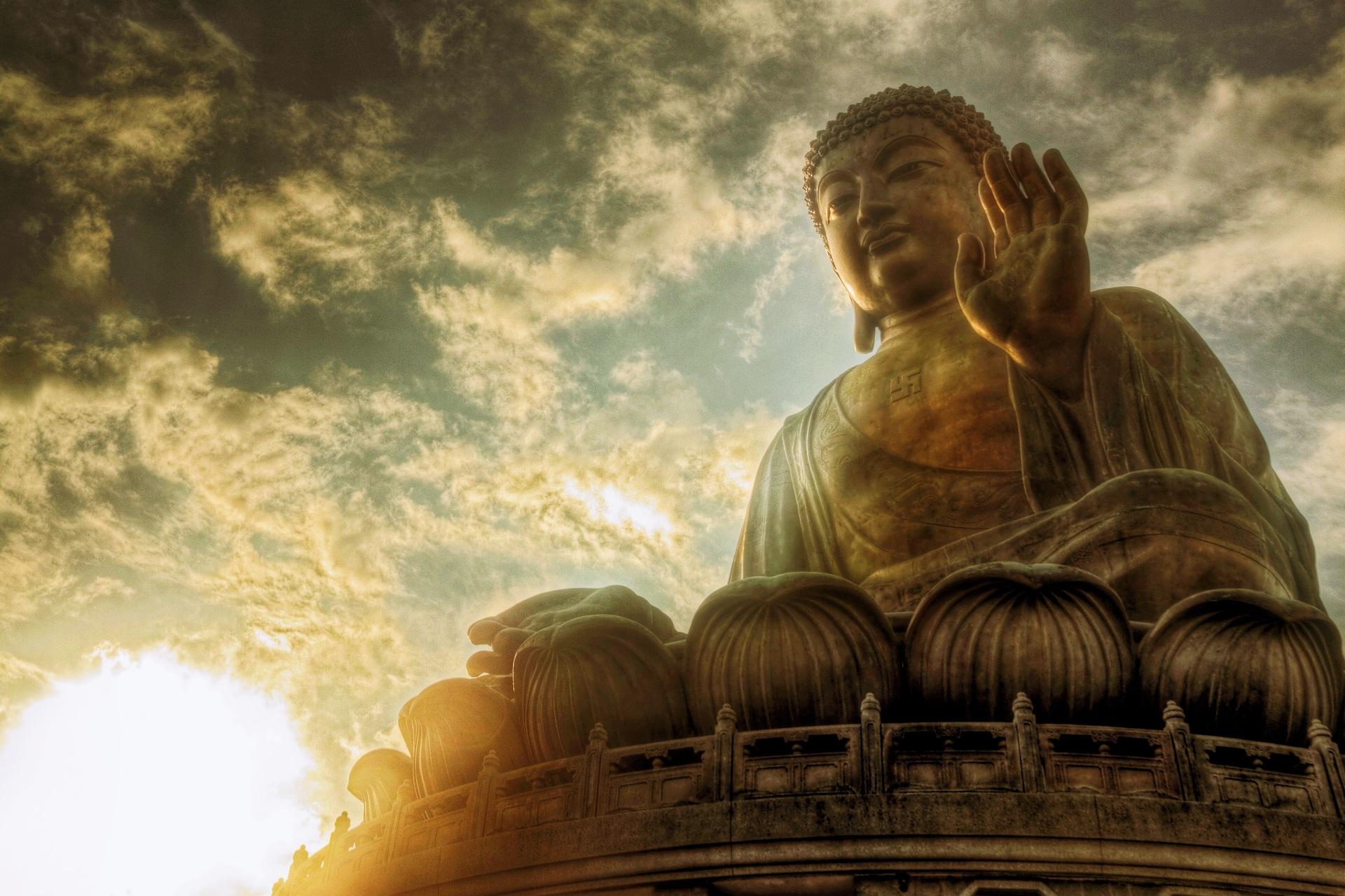 buddha-staute.jpg