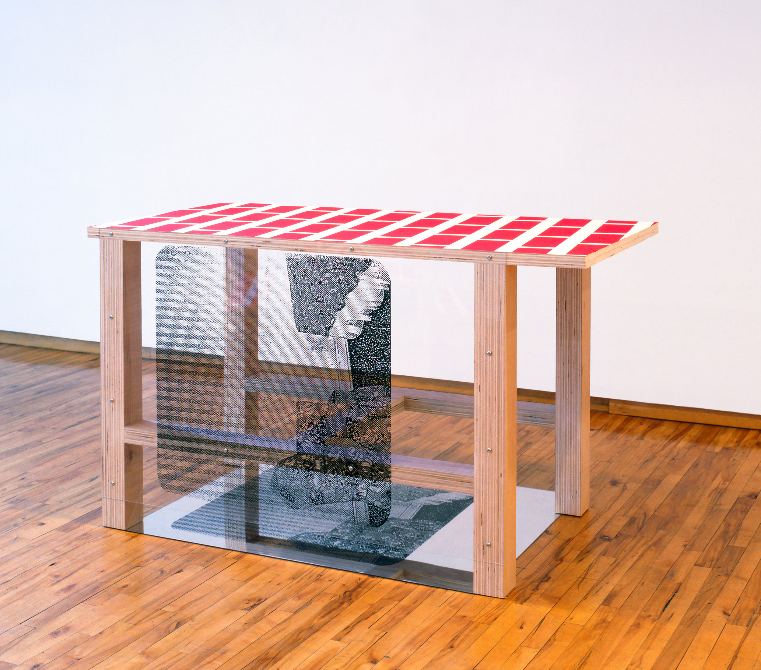 Pello Irazu   Room Under , 1995 Plywood, vinyl paint, adhesive tape, and silkscreen on mirror 113 x 142.5 x 94 cm Collection of the artist © VEGAP, Bilbao, 2017