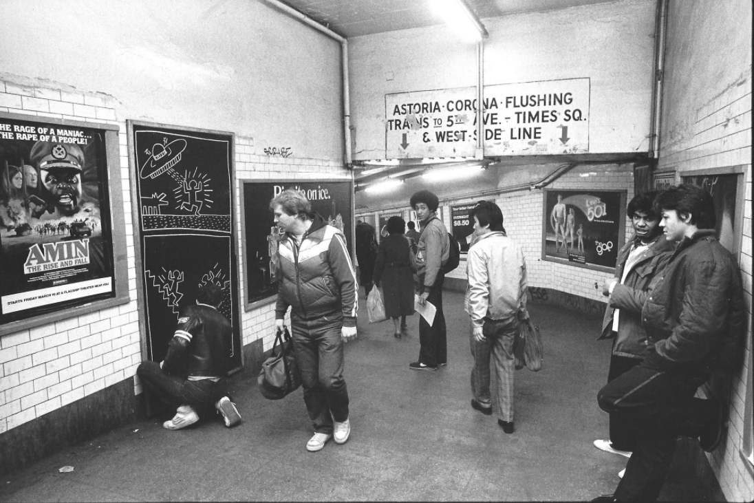 """Keith Haring Subway Drawing,"" 1982. Ivan Dalla Tana, courtesy of Rare/Glenn Horowitz Bookseller / Source:  The Downtown Decade: NYC 1975-1985  – The New York Times"
