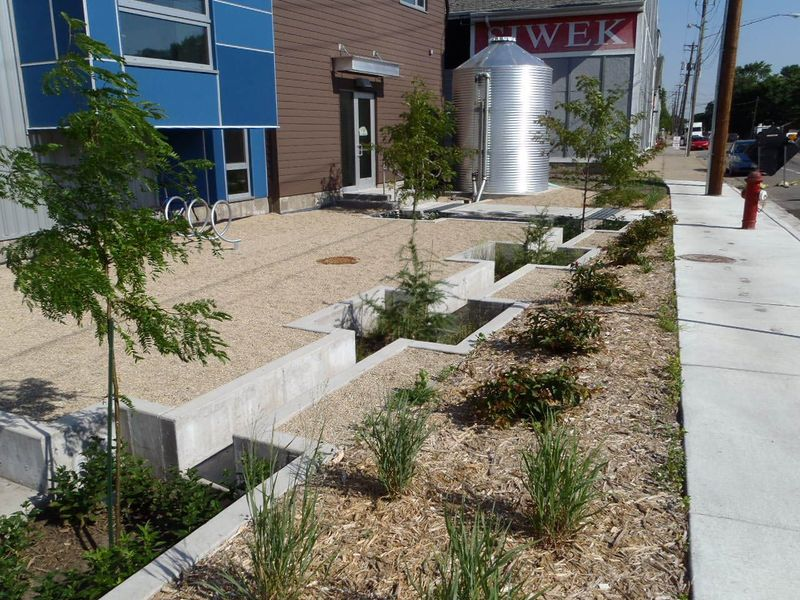 Tree trench, Mississippi River Watershed Management Organization Stormwater  Park and Learning Center