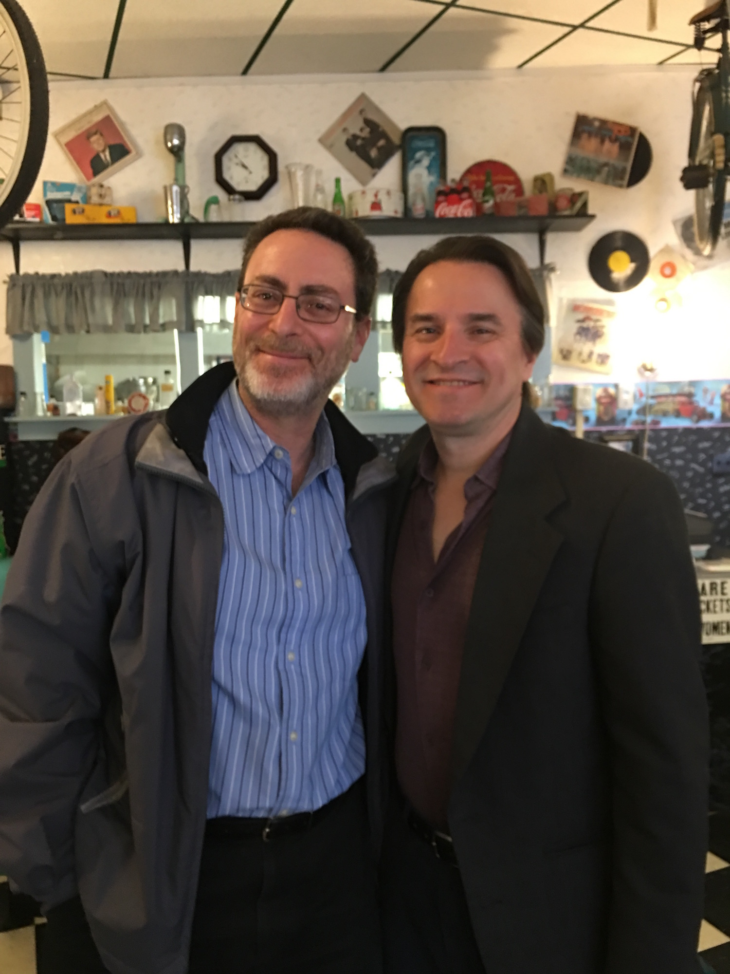 DRG III (right) with Bob Greenberger ©2017 Karen Ragan-George