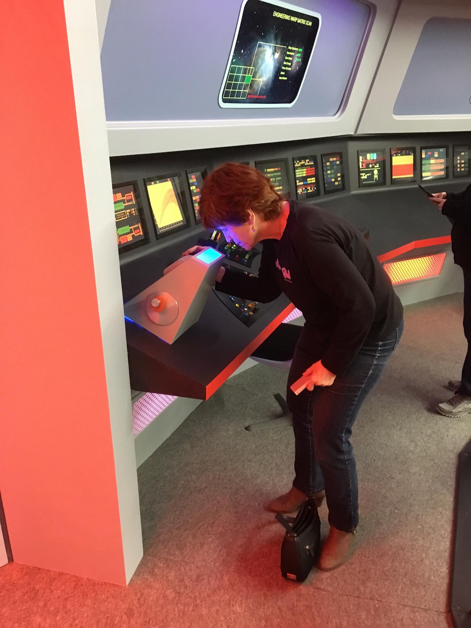 Karen Ragan-George at the Sciences Station Scanner ©2017 David R. George III