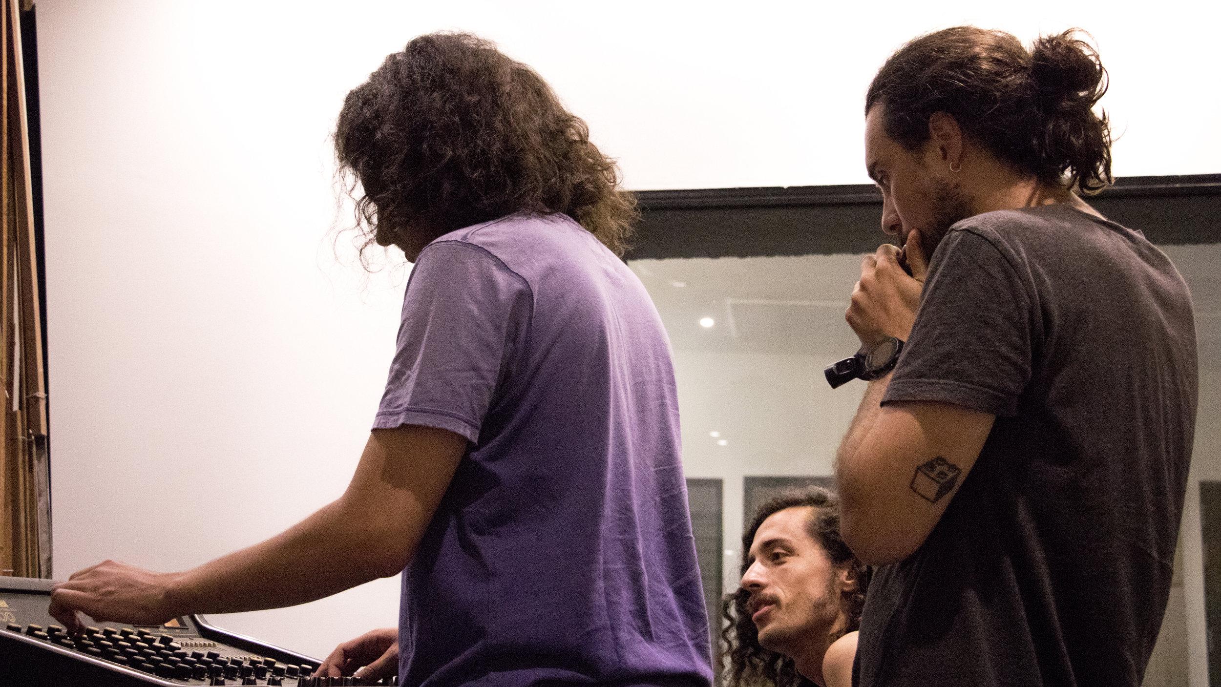 Probando armónicas de Agustín Piña