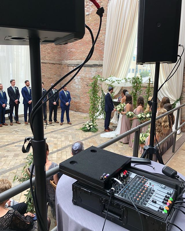 Sunday evening ceremony in the gorgeous Sculpture Garden at the @bridgeportartcenter for Gaby & Matt! Sounded great thanks to the double @qscaudio k10.2s, @behringer mixer and @shure wireless PG58 mics! #bestdayever #paoftheday #shure #qsc #behringer #odysseycases