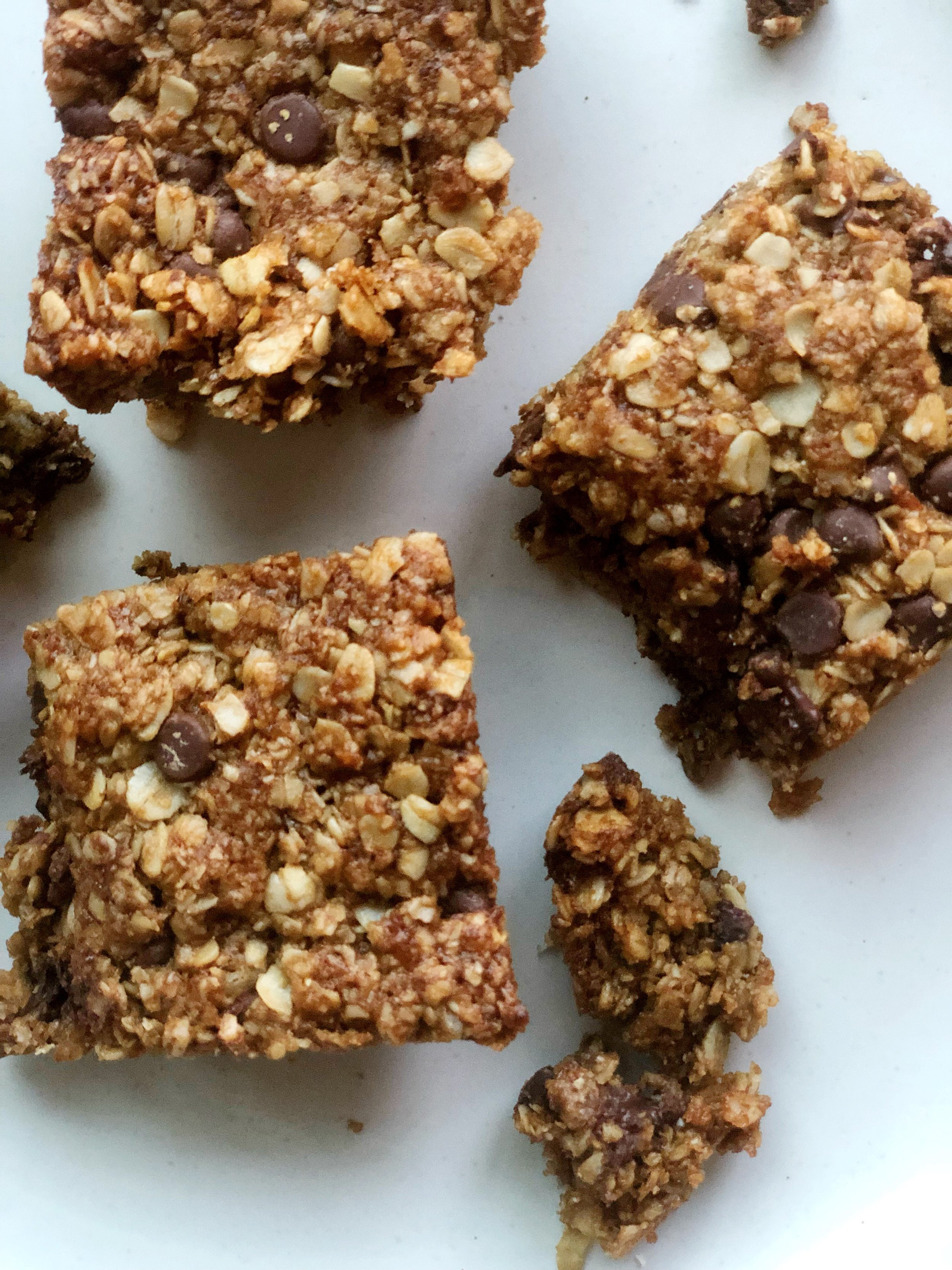 Chocolate Chip Oat Bars