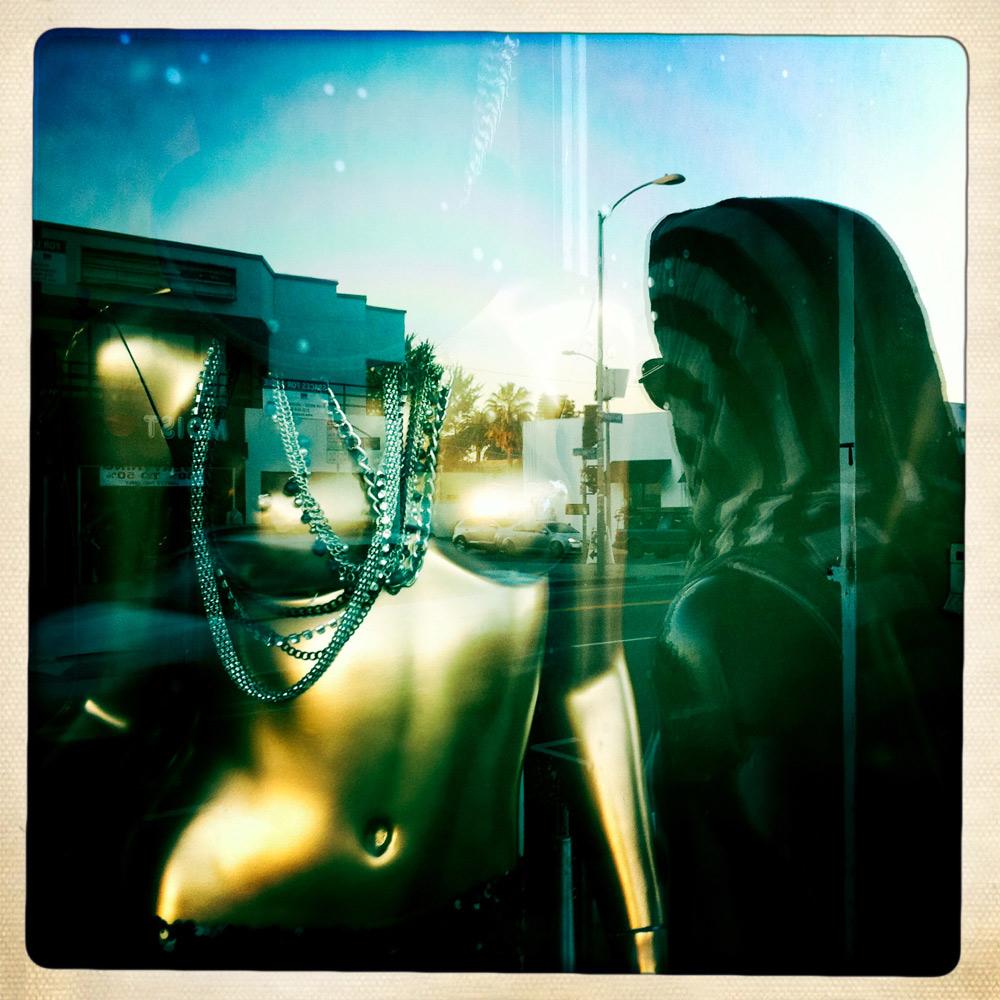jules-oloughlin_still-life_mannequin-14.jpg