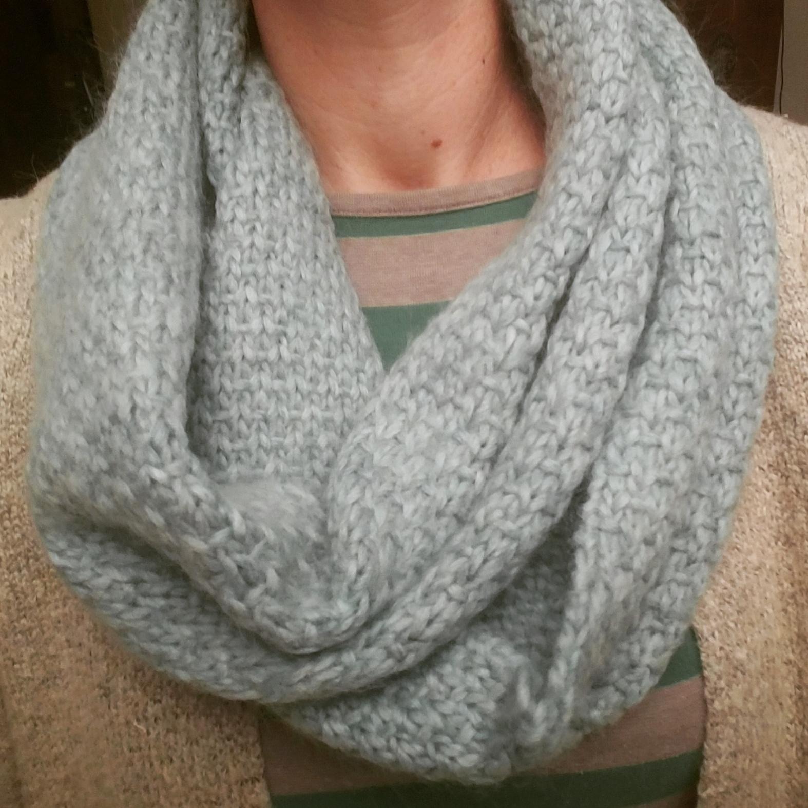 infinity scarf in slip stitch pattern: Cascade baby alpaca chunky yarn