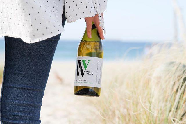 International Sauvignon Blanc day is here - officially time to crack open the Sauv! . #nzwine #sauvblanc #wardvalleyestate #sauvblancday