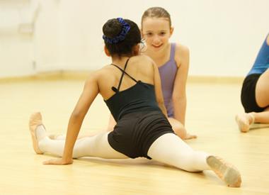 Classes_Ballet_Img.jpg