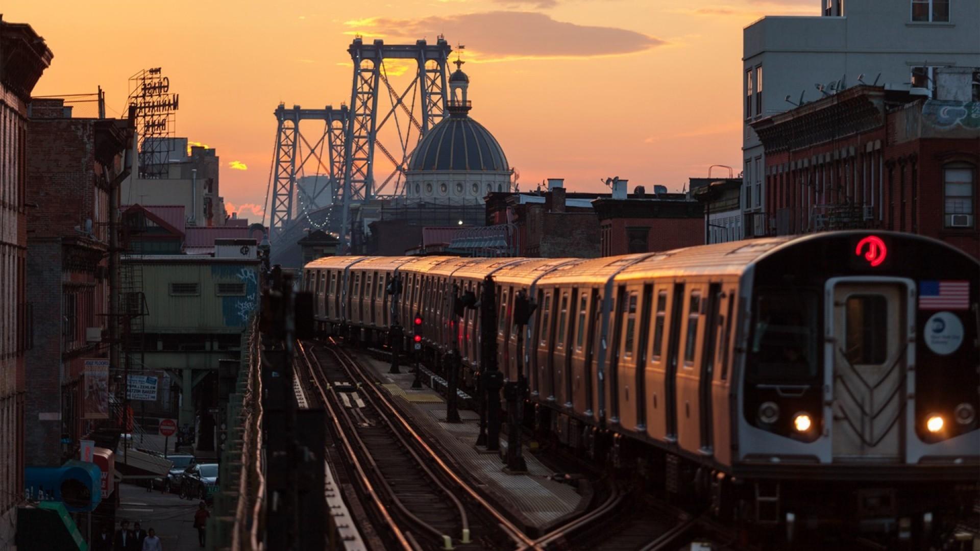 bridges-subway-coming-williamsburgh-bridge-nyc-sunset-cityscapes-new-york-city-brooklyn-sundown-dome-tracks-background-images.jpg