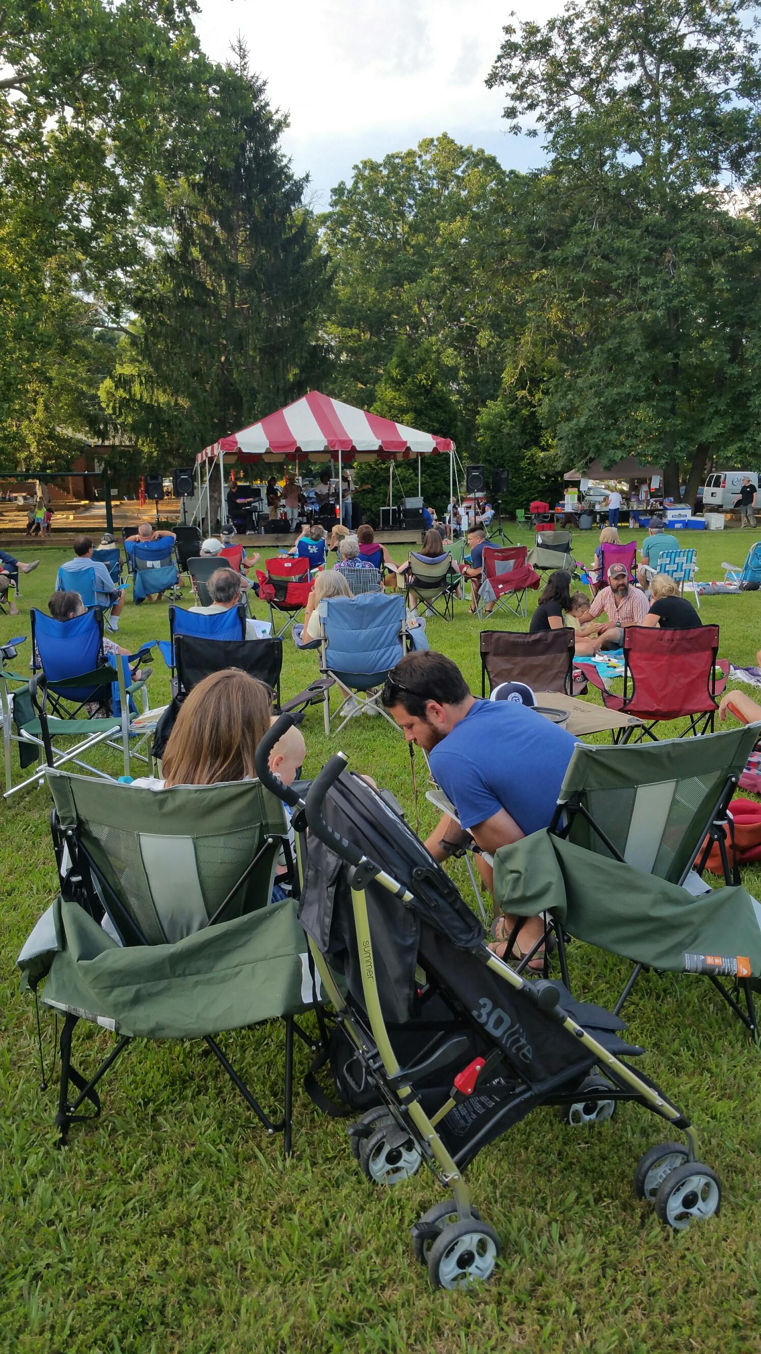 Attendees enjoying Groovin' on Grovemont last year,