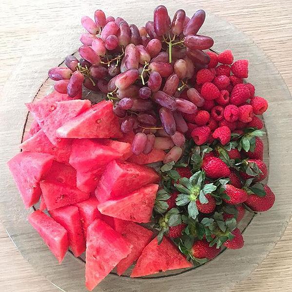 eat the rainbow fruit platter