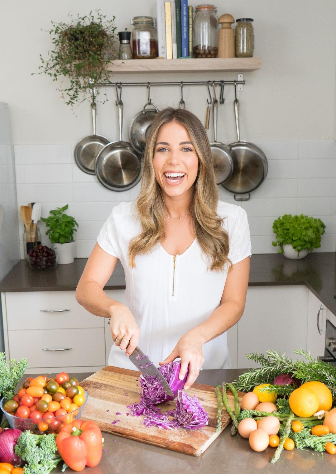 Lyndi Cohen Celebrity Nutritionist.jpg