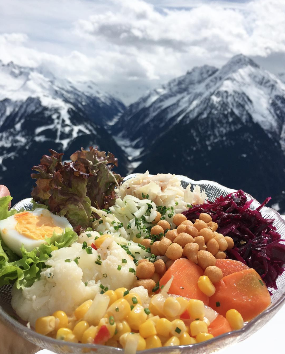 Headed to the salad buffet for this lunch in the Alps a few weeks ago. How to find the healthy option on a menu? Look for vegetables.