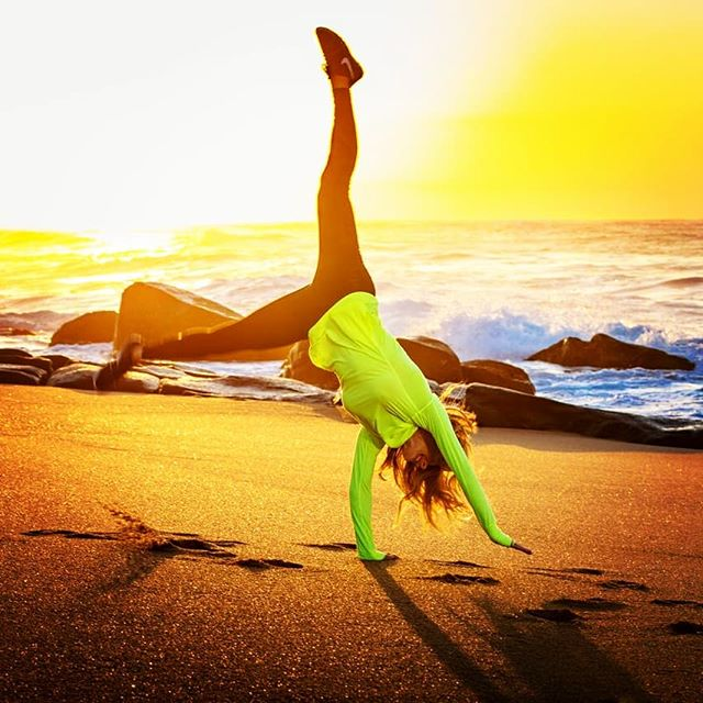 I want to be in the sunshine doing cartwheels on a beach? .  Anyone else got the January blues? .  Besides dreaming of the ☀️☀️☀️ it's SO advisable to take a Vitamin D supplement especially with a lack of sunshine on our skin during the winter months. .  Vitamin D deficiency can lead ro weak bones and teeth and cause fatigue and major depression. It also helps regulate the amount of  calcium and phosphate  in our bodies. Seriously, do not neglect! .  I take a Vitamin D + K2 Oral spray. Just three sprays on the inside of your cheek every day for faster and optimal absorption into your bloodstream. .  The brand I use is BETTER YOU. ❤ . . . . . #vitaminD  #sunshine #underthesun #healthy #fit #lean #healthybody#fitfood #supplements #moodfood #hormones #health #organic#eatwell #eatclean #outperformyourage #outdoors #cartwheels #beach