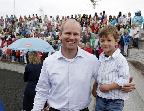 Historisk velkomst på Storøya Skole - 18. august 2010, Asker og Bærum Budstikke