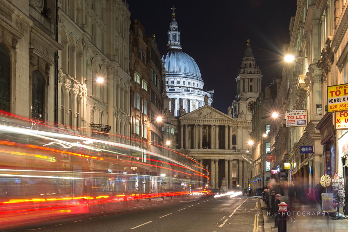 St Paul's Bus - London, UK