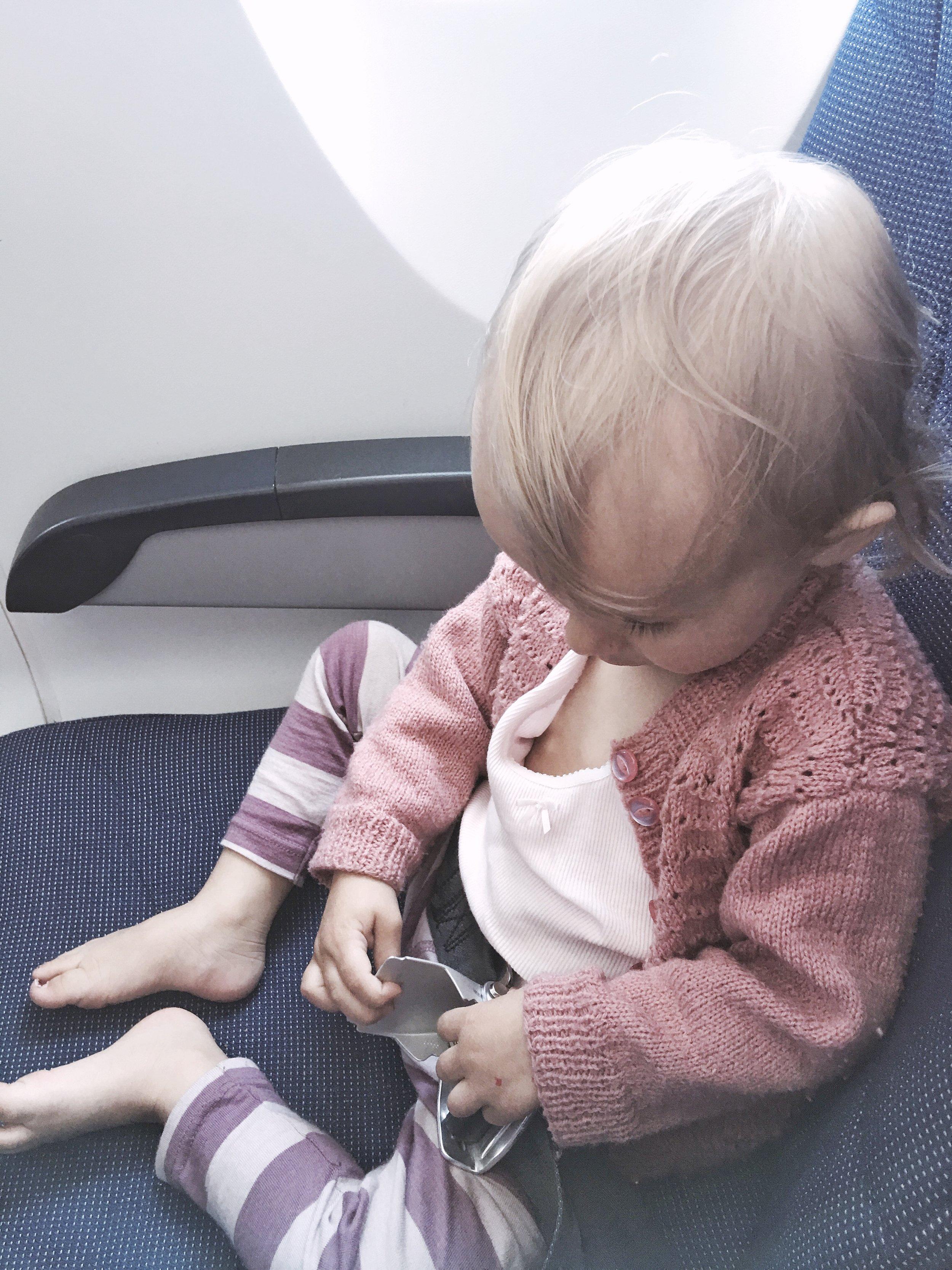 flyve alene julieag.dk julie ag blog expat børn