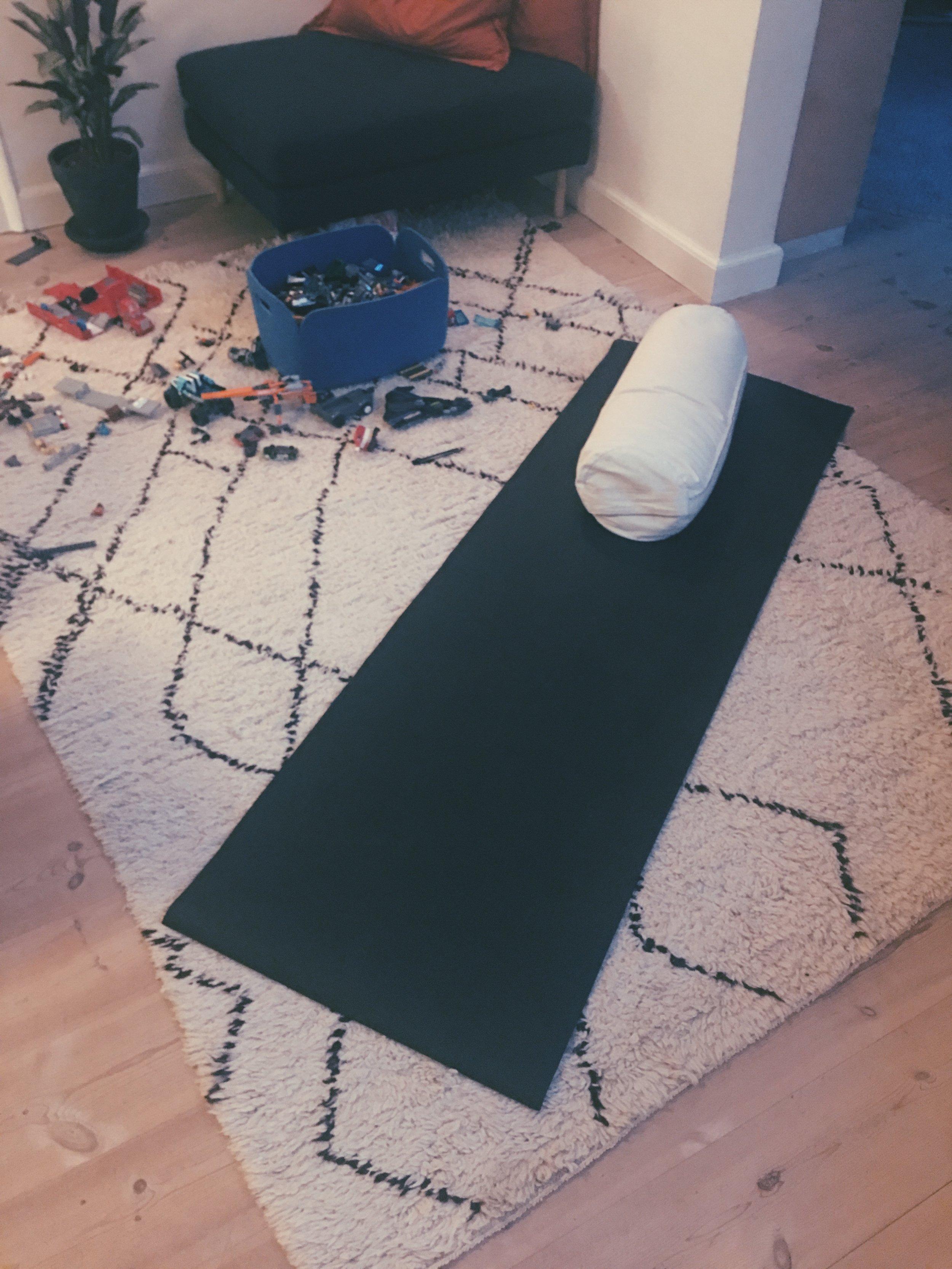 julieag blog_yoga_kroppeninovember