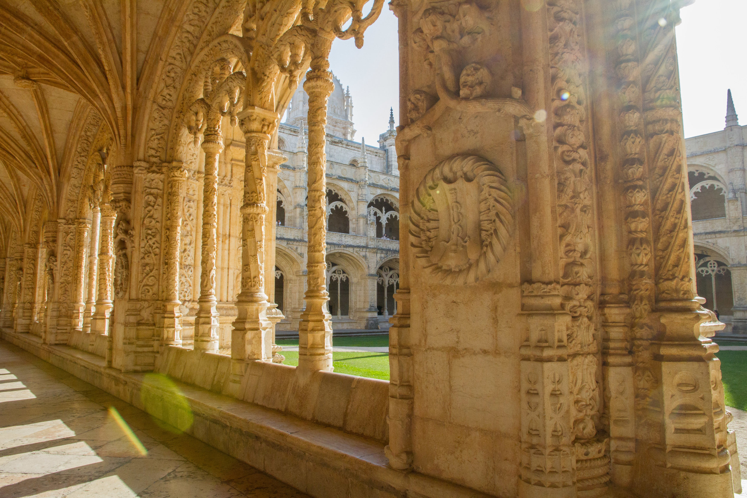 Heelsonthego Lisbon Portugal travel Jerónimos Monastery