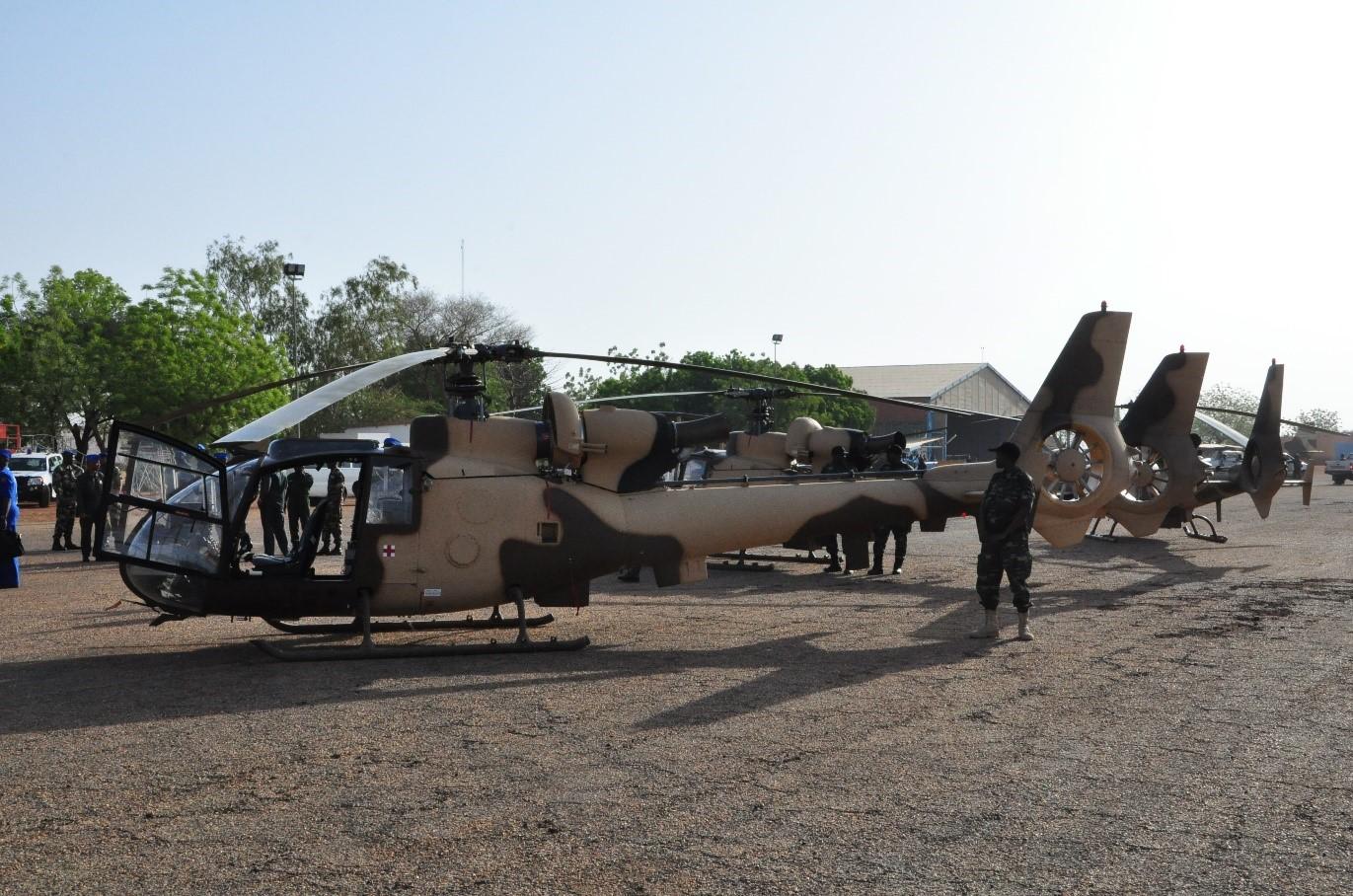 hélicoptère de combat.jpg