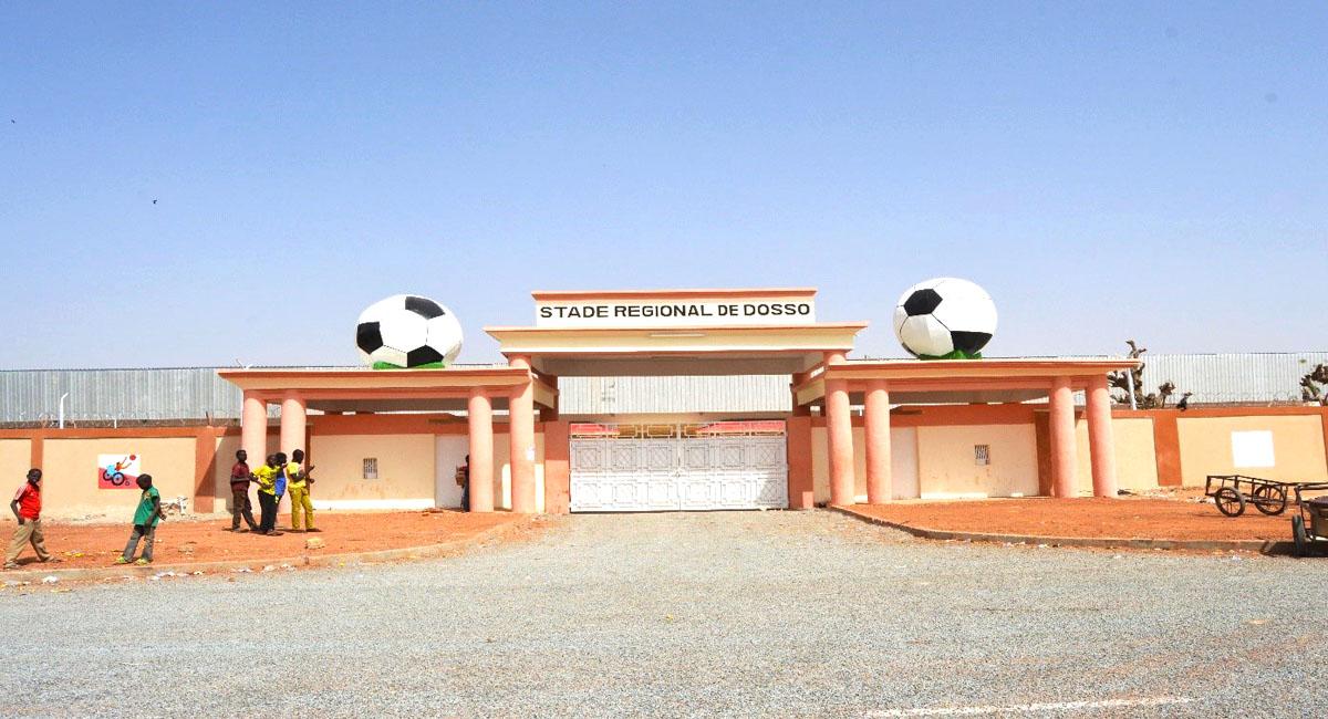 stade régional de dosso.jpg