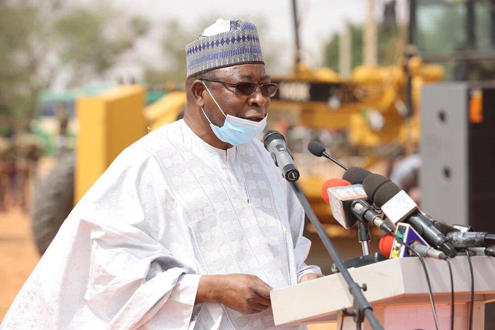 Allocution du Ministre, Directeur de Cabinet, PCA de MCA-Niger Cérémonie officielle de lancement des travaux de réhabilitation de la RN7 Dosso