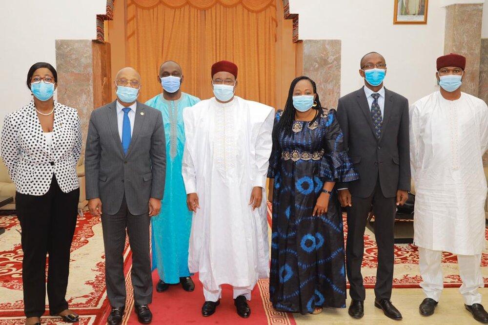 Le Président de la République a  reçu vendredi une mission conjointe CEDEAO /Union Africaine